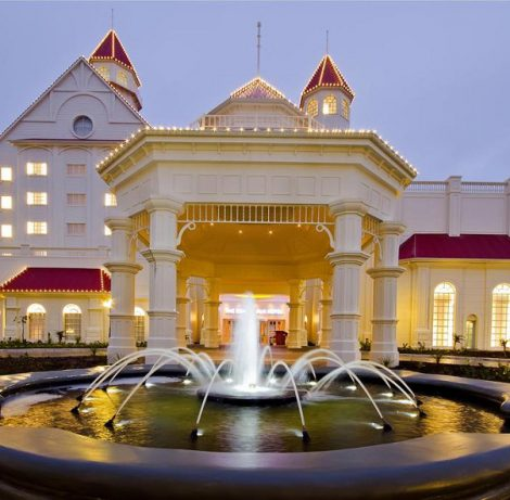 5* Boardwalk Hotel Convention Centre & Spa, Port Elizabeth for 2 nights from R2 325 per person sharing- self drive